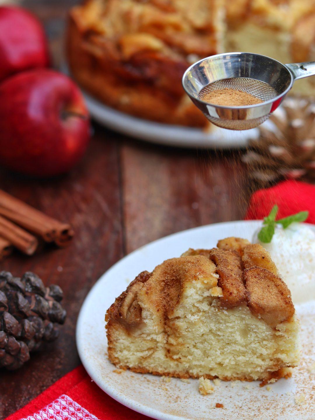 Spiced Apple Cinnamon Cake