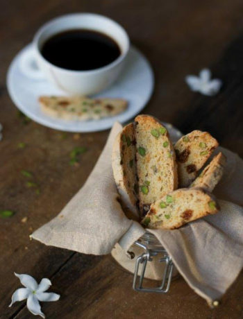 Fig and Pistachio Biscotti